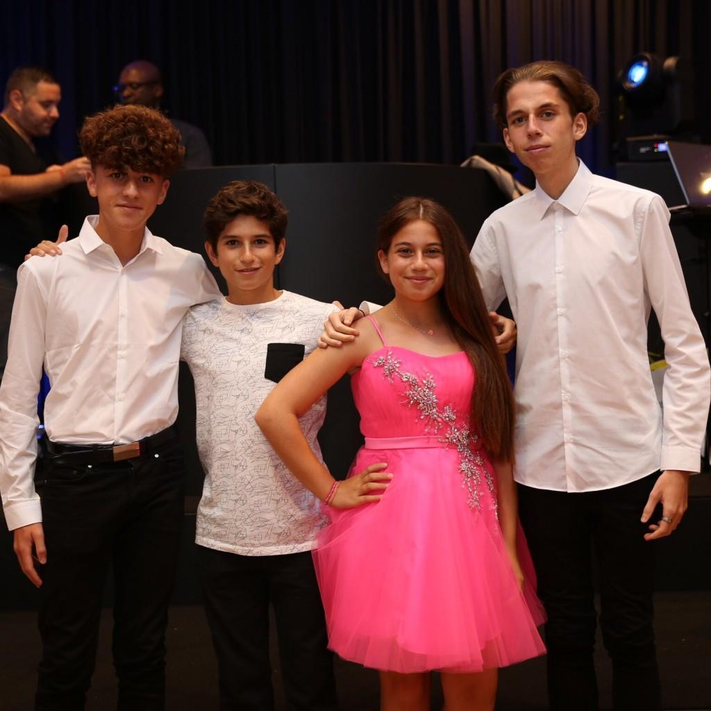 Joshua, Zak, Mimi and Bailey Plaskow